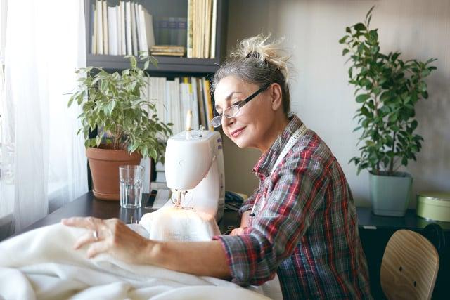 The Power of Plants_ How Houseplants Support Senior Mental Health_v2-1